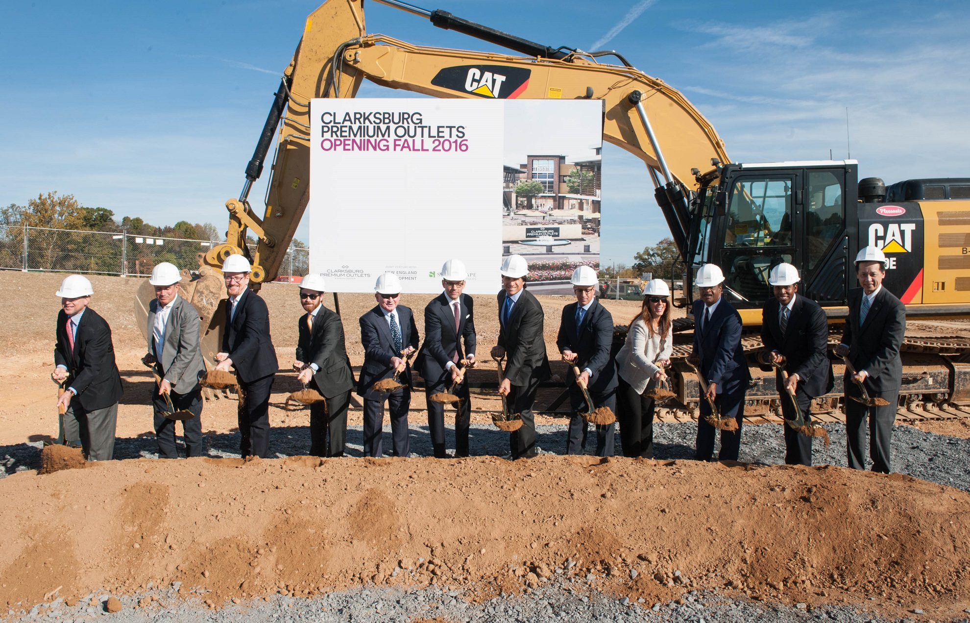 Groundbreaking for Clarksburg Premium Outlets